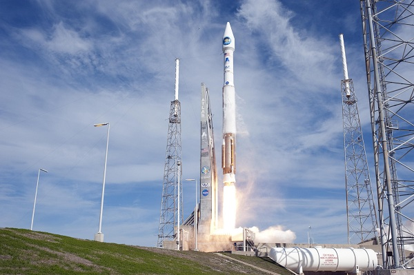 The Atlas V spacecraft