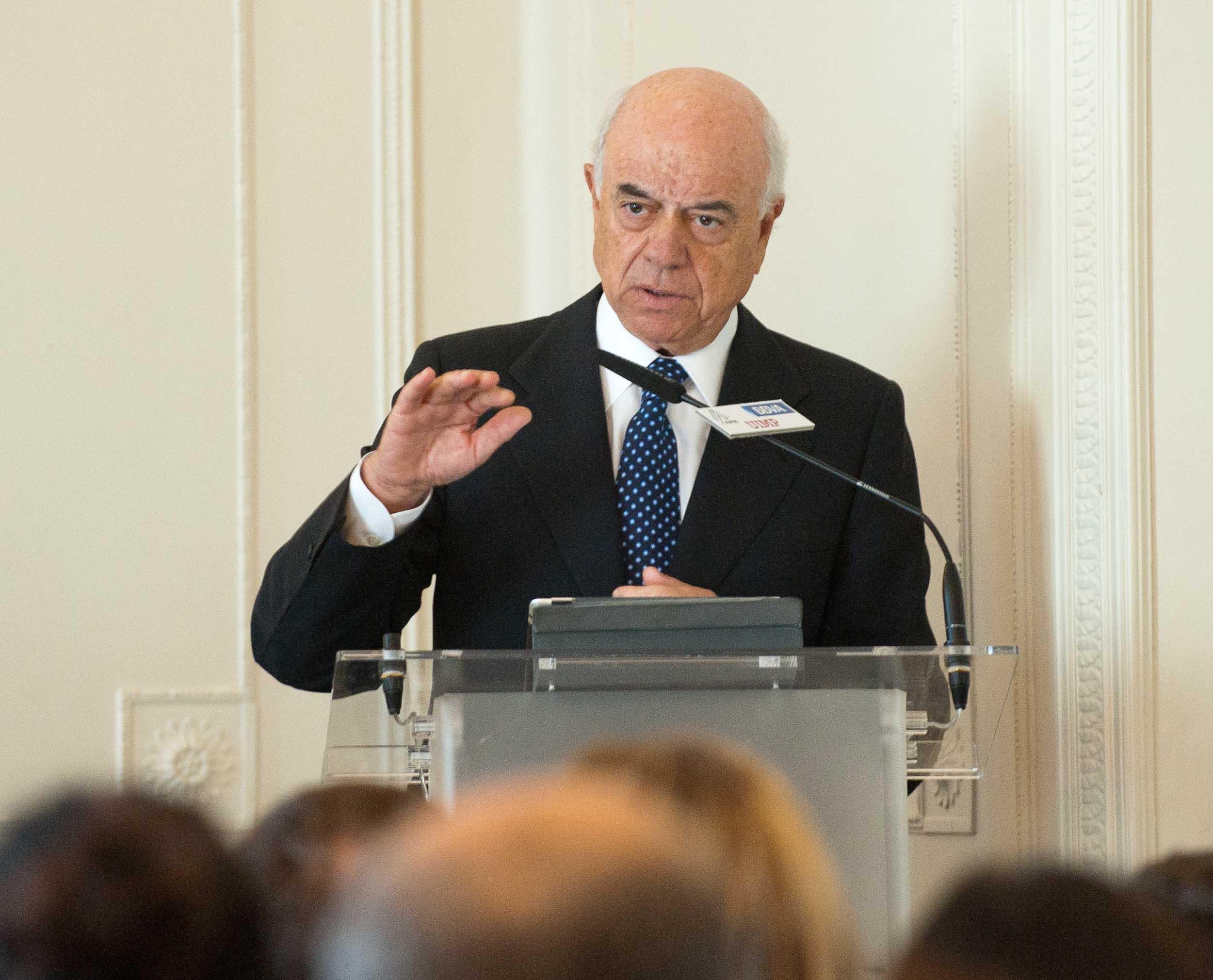 Francisco González, presidente del BBVA, durante su intervención