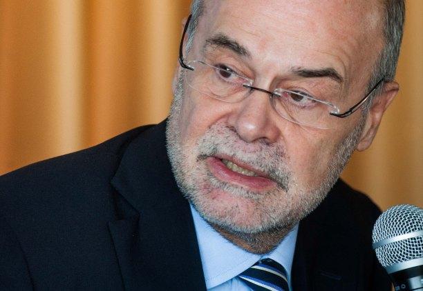 El profesor Antoni Castells durante la presentación del Policy Brief sobre Unión bancaria de EuropeG