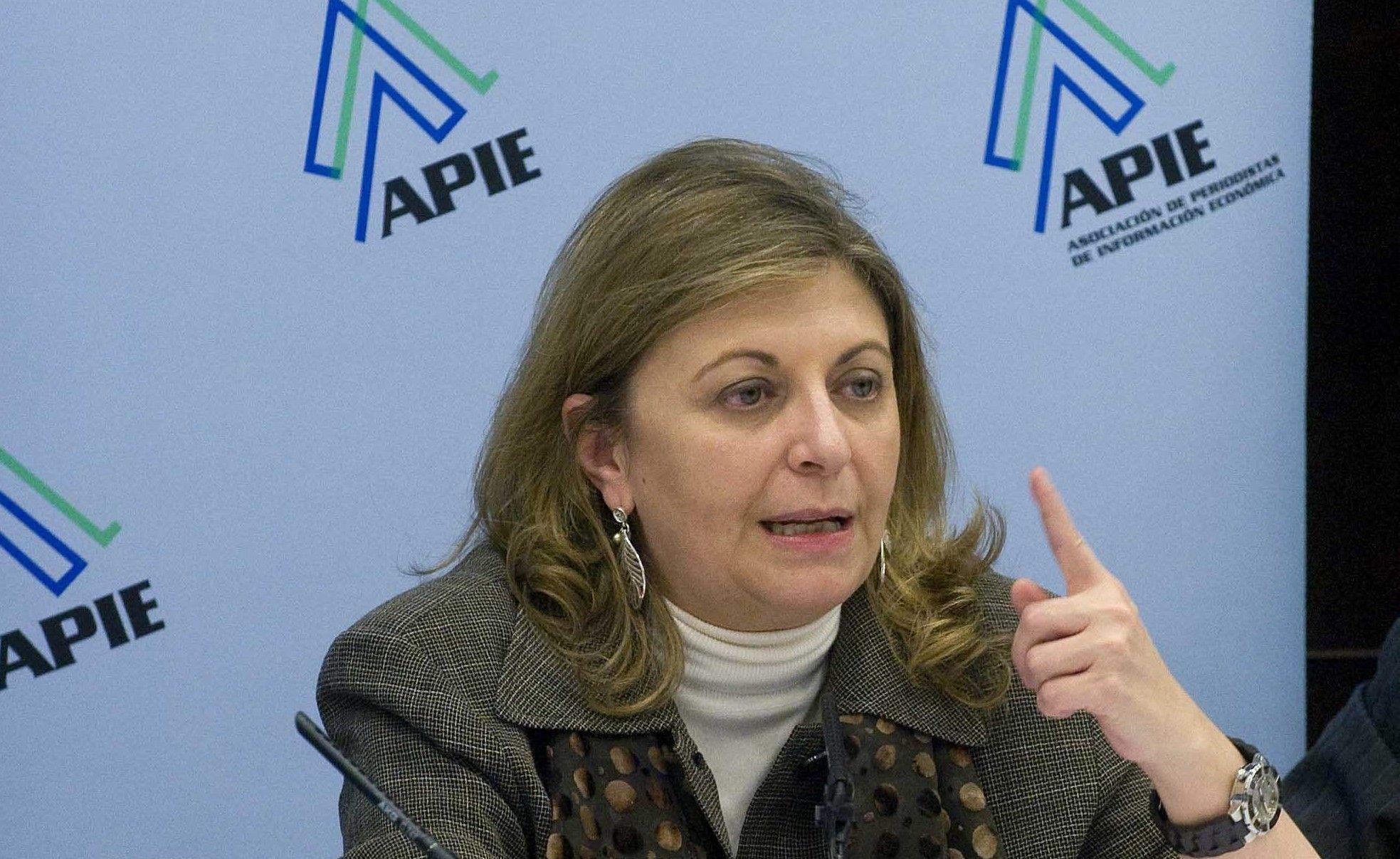 Engracia Hidalgo, Secretaria de Estado de Empleo, durante el almuerzo de prensa que cerró la I Jornada del XXVI Curso de Economía de APIE.