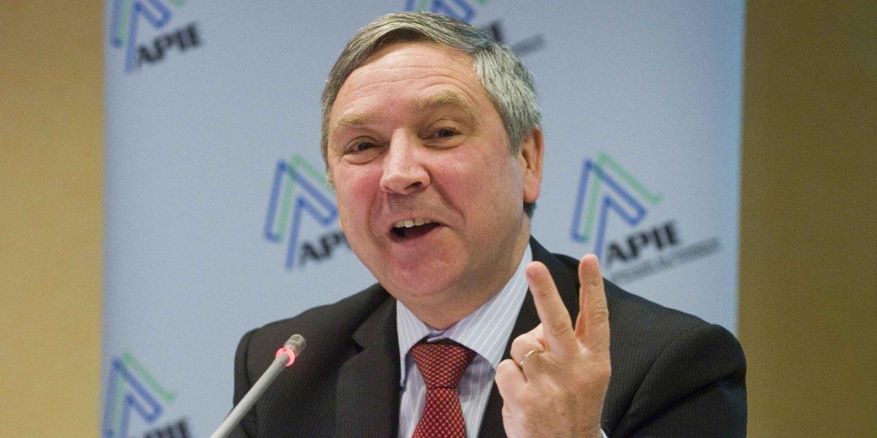 """Jean-Paul Rignault: """"La crisis ha demostrado que es difícil para un sistema público pagar por las necesidades de todos"""""""