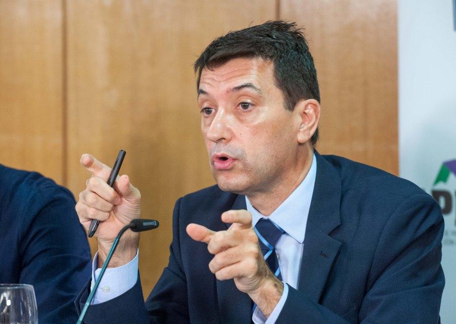 Rafael Domenech, Economista  Jefe de Economías Desarrolladas de BBVA Research, durante el acto organizado con APIE de presentación del Informe sobre la Empresa Mediana Española 2016.