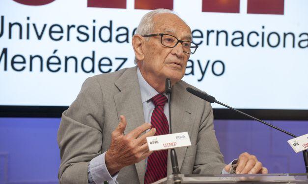 """Aristóbulo de Juan: """"Se van a crear bancos demasiado grandes como para que sean intervenidos"""""""