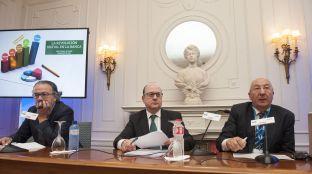 Jose María Roldán, presidente de la Asociación Española de Banca (AEB), durante su intervención en el curso de economía organizado por APIE en la Universidad Internacional Menéndez Pelayo de Santander.