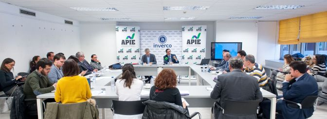 Un momento de la presentación del estudio sobre información de planes de pensiones organizado por INVERCO en colaboración con la APIE.