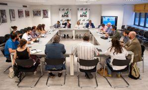 Una vista general de los medios asistentes a la jornada sobre investigación aduanera y fiscal organizada por la APIE.