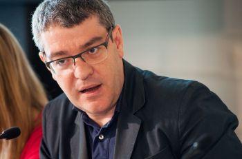 Álvaro Nadal, responsable de Economía del Partido Popular, durante su intervención en el debate político organizado en el Curso de Economía de APIE en la UIMP de Santander.