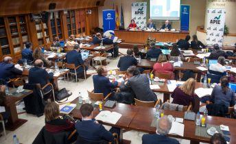 Un momento de la presentación del Informe Anual de la Empresa Mediana Española, elaborado por el Círculo de Empresarios y presentado en colaboración con APIE.