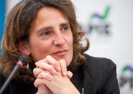Teresa Ribera, Ministra para la Transición Ecológica, durante el almuerzo de prensa que cerró la I Jornada del XXXII Curso de Economía para Periodistas organizado por APIE.
