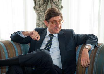 Jose Ignacio Goirigolzarri, presidente de Bankia, antes de su intervención en el Curso de Economía organizado por la APIE en la UIMP.