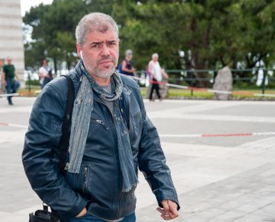 Unai Sordo, Secretario General de Comisiones Obreras, a su llegada al Palacio de la Magdalena para participar en el Curso de Economía organizado por APIE.