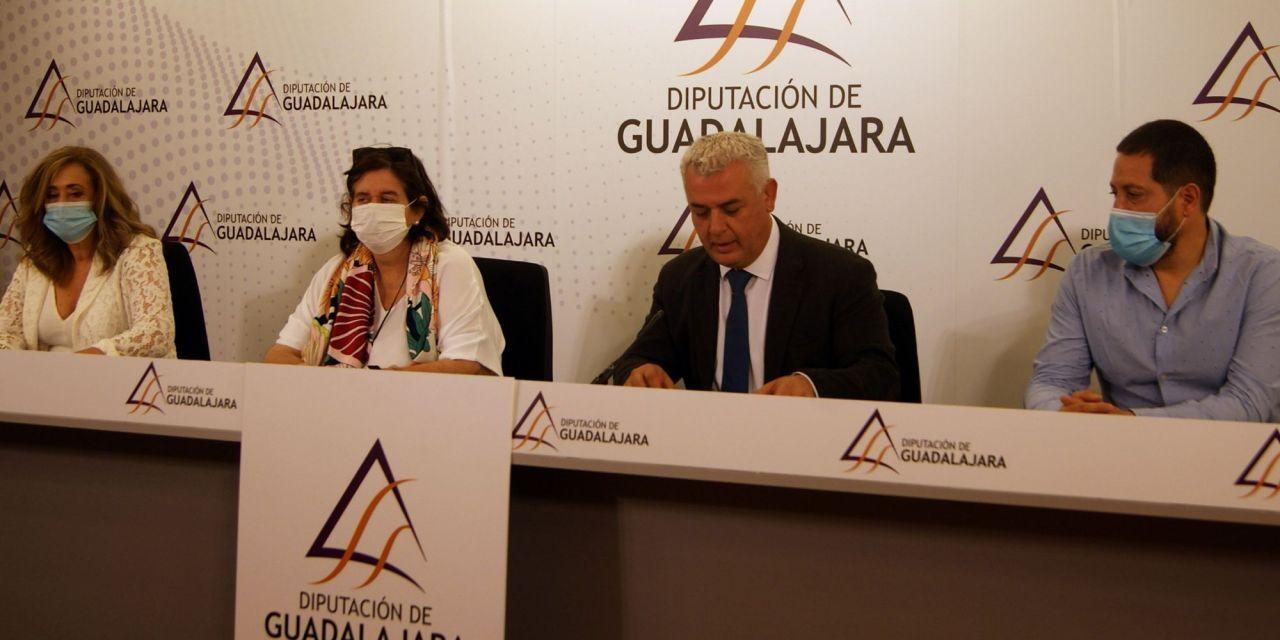 Convocado el VIII Premio Internacional de Periodismo «Cátedra Manu Leguineche»