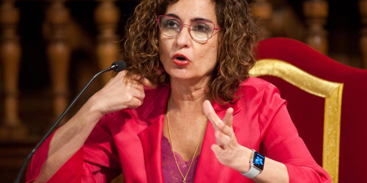 """María Jesus Montero: """"prorrogaremos el Iva tipo cero para el material de protección hasta el 31 de diciembre"""""""