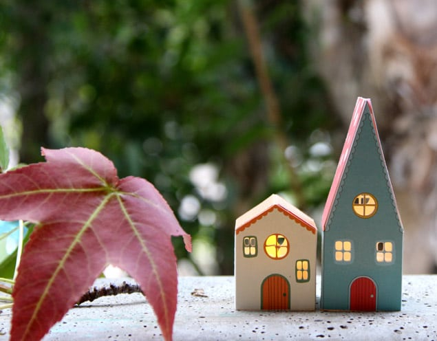 apieceofrainbow paper houses 6 - DIY: Paper House Luminaries