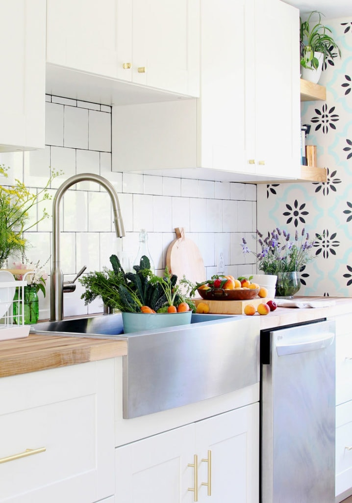 our stainless steel farmhouse sink 100
