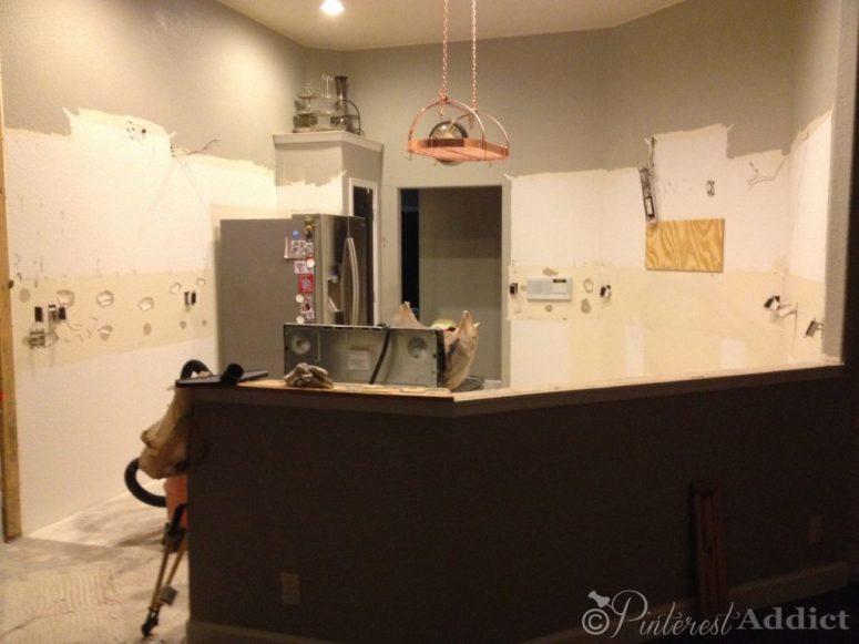 Naked kitchen -