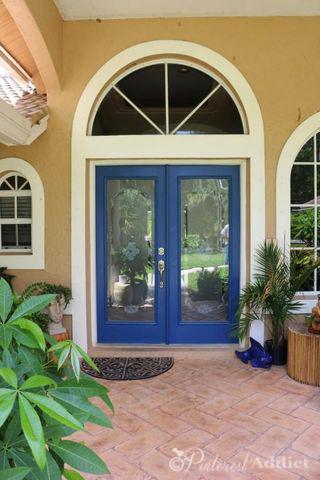 Modern Masters Calm - Blue Front Door