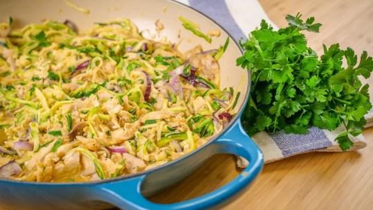 frango à brás com legumes