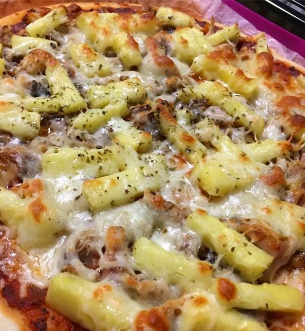 pizza a pitada do pai com ananás