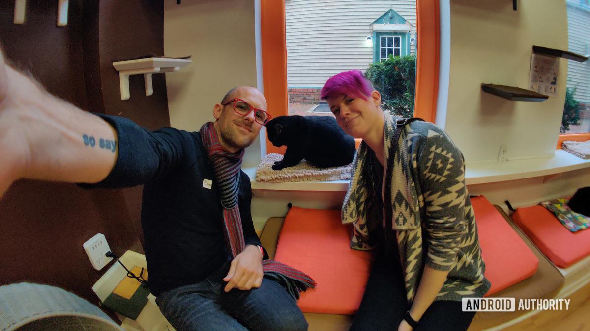 Scott e Alison Selfie com lente olho de peixe do momento