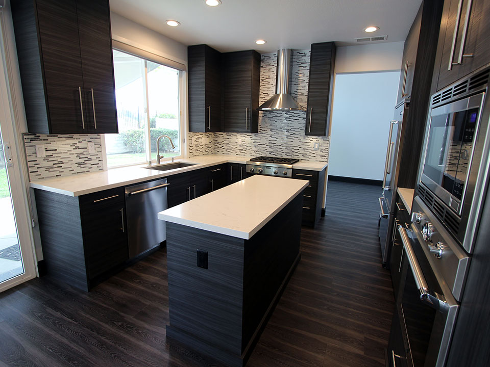 San Clemente Gray & White U-Shaped Modern Kitchen Remodel on Kitchen Remodel Modern  id=49264