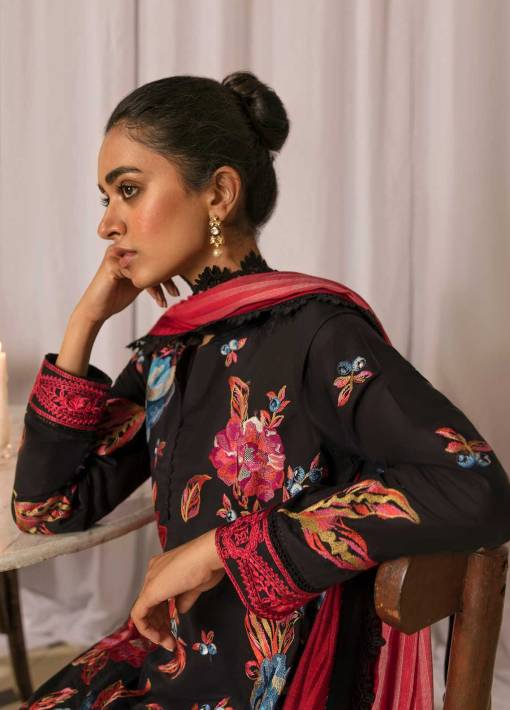 Zaha by Khadijah Shah Embroidered Lawn Unstitched 3 Piece Suit 04-B – Summer Collection