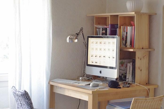 environnement de travail bureau ordinateur