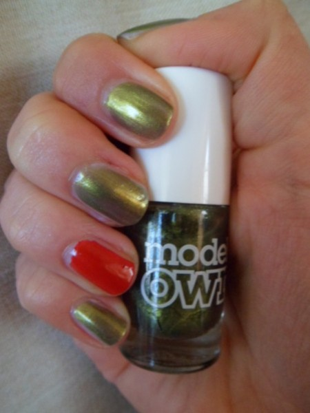 golden-green-model-own.JPG