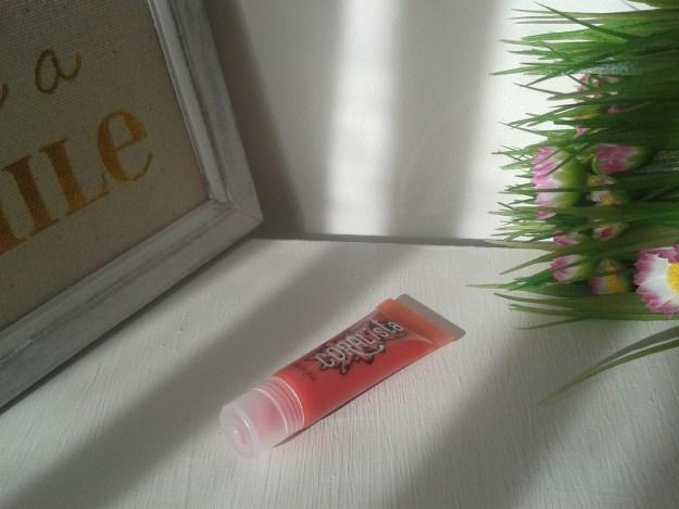 gloss coralista benefit