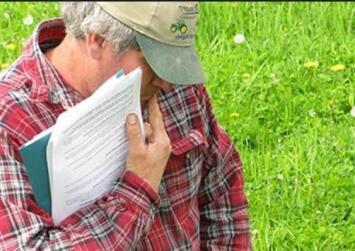 Τι ισχύει για τους συνταξιούχους αγρότες που συνεχίζουν να εργάζονται