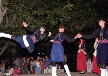 Μαθήματα Κρητικών χορών στην…Αυστραλία