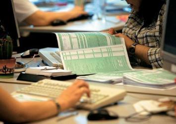 Φορολογικές δηλώσεις – Τι φόρους θα «βγάλουν» τα νέα εκκαθαριστικά