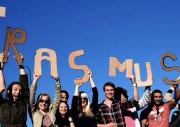 Αύξηση ρεκόρ στο ποσό για το πρόγραμμα Erasmus+ το 2017