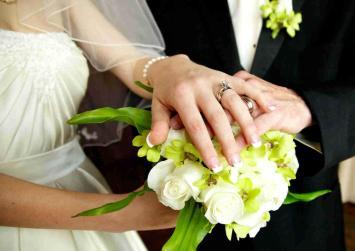 Τέλος οι δηλώσεις γάμου, διαζυγίου και θανάτου στην εφορία
