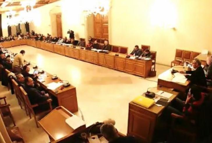 Συνεδριάζει τη Δευτέρα το Δημοτικό Συμβούλιο Ηρακλείου