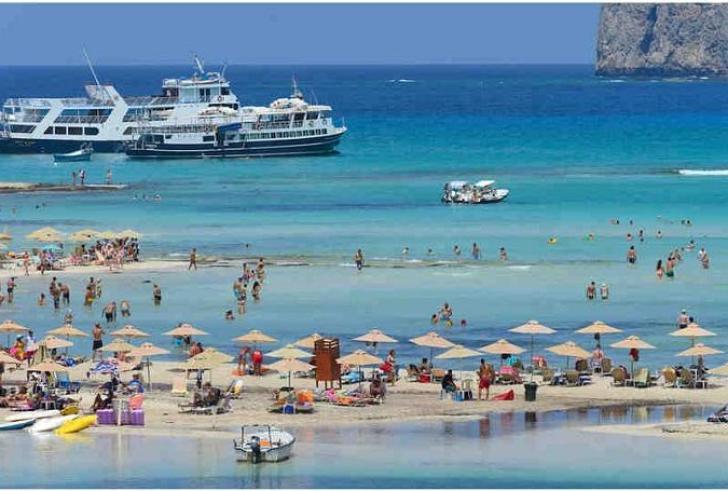 """Συζητήσεις με την TUI για """"τουρισμό 365 ημέρες τον χρόνο"""" και στην Κρήτη"""