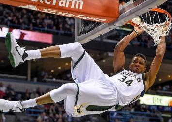 NBA : Στιγμές μαγείας με τα τρομερά καρφώματα του Γιάννη ! (βίντεο)
