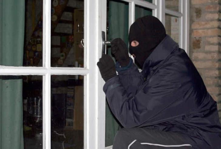 Ηράκλειο: Είχαν διαπράξει 26 κλοπές σε 4 μήνες με λεία 120.000 ευρώ!