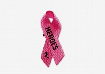 Ο Raf Simons αλλάζει τη ροζ κορδέλα κατά του καρκίνου του μαστού (φωτο)