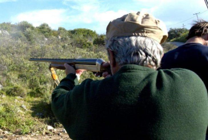 Κρήτη: Ελεύθερος ο κυνηγός που τραυμάτισε θανάσιμα τον φίλο του