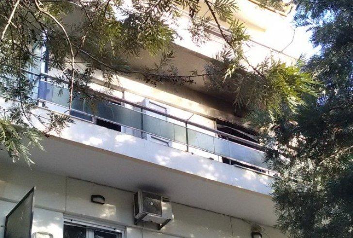 Κρήτη: Κάηκε ολοσχερώς διαμέρισμα που διέμενε γυναίκα με τον γιο της