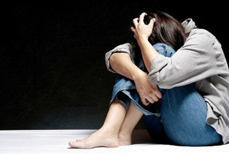 Σοκαριστική καταγγελία: Μάνα εξέδιδε την ανήλικη κόρη της