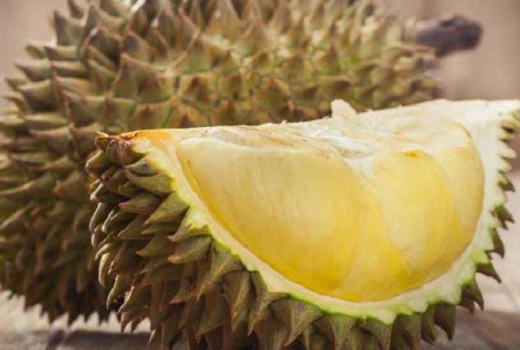 1.000 δολάρια για ένα καρπό Durian, του πιο βρομερού φρούτου!
