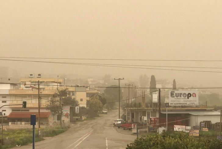 Μέχρι το Μεγάλο Σάββατο θα κρατήσει στην Κρήτη η σκόνη από τη Λιβύη