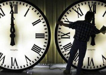 Αλλαγή ώρας: Πότε γυρίζουμε τα ρολόγια μας