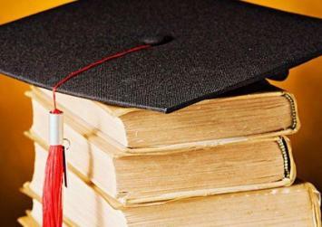 Αναγνωρίζονται τα επαγγελματικά δικαιώματα 9.500 αποφοίτων κολλεγίων και ξένων πανεπιστημίων
