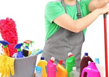 Οι γυναίκες περνούν 1,5 χρόνο από τη ζωή τους καθαρίζοντας το σπίτι!