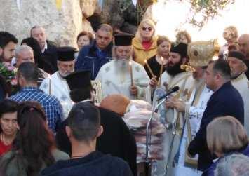 Ζωοδόχου Πηγής σήμερα- Παναγία Βύθανος, το αγίασμα που στάζει από τους βράχους!