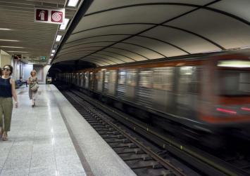 Νεκρός ανασύρθηκε άνδρας που έπεσε στις γραμμές του μετρό στον Άγιο Αντώνιο
