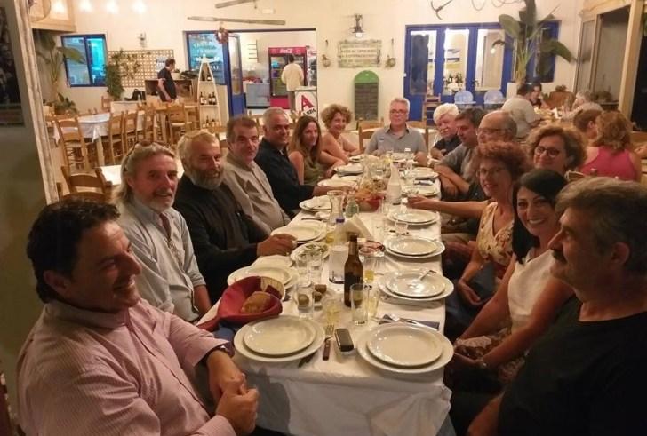 Γεύμα στη Σούδα από τον Γιάννη Ταταράκη στον Πάνο Σκουρλέτη